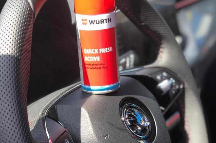 Fahrzeuginnenraum Reinigung